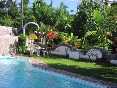Zwembad for Afmetingen zwembad tuin